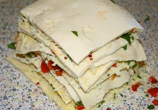 Zupfbrot Tomate Mozzarella 3